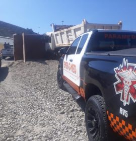 Truck rollover on the R59