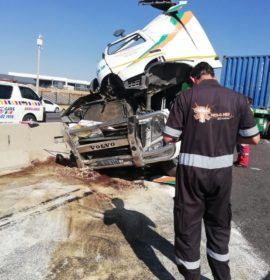 Collision between a  truck and three cars on the N1