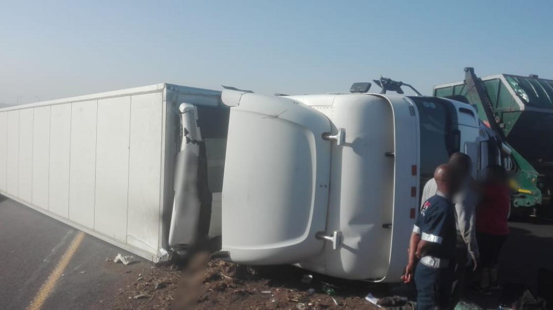 KwaZulu-Natal: Three injured in a truck and car crash on the N3