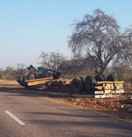 Truck rollover on the N11 near Marnitz, Limpopo