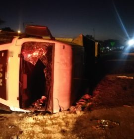 Gauteng: Two injured in Krugersdorp truck rollover