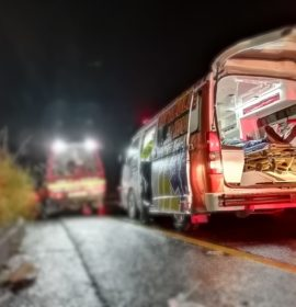 Driver killed in Truck rollover on the R103 between Estcourt and Hidecote