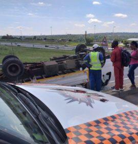 Truck rollover in Randpark Ridge