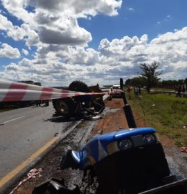 Truck and tractor collide leaving six injured on the R28 in Sebokeng.
