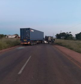 The N11 at Masakaneng closed due to a burned-out truck blocking the road