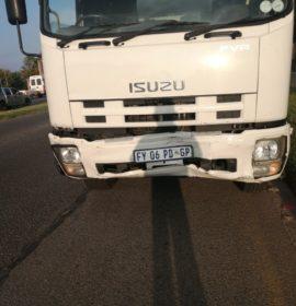 Gauteng: Woman injured in truck vs car crash in Roodepoort