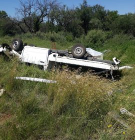 Two injured in vehicle rollover between Kimberley and Boshof