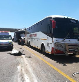 No injuries after truck collides with trailer of passenger bus at Walmansdal