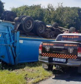 Several injured in a truck rollover in Randpark