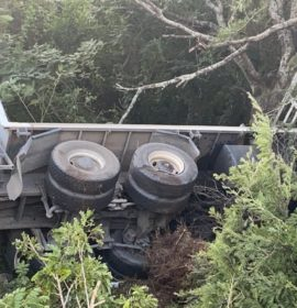 2 Injured in truck crash north of Umhlanga