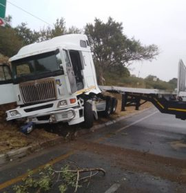 Truck crash on the R40