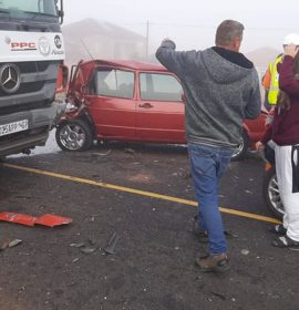 A collision between three trucks and two vehicles on the N1