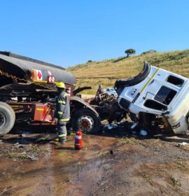 One killed as 2 trucks collide on the N2 at Ballito