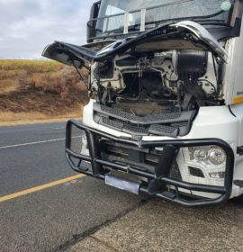 KwaZulu-Natal: Roadside worker killed after being struck by truck