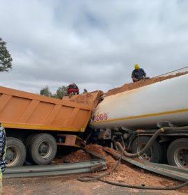 Gauteng: Truck driver airlifted to hospital following N14 Muldersdrift crash