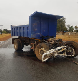 Two truck collision leaves four dead in Tarlton