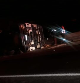 Driver injured in a truck rollover on the R24 East