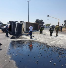 One injured in a truck rollover in Boksburg