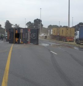 One injured in a single truck roll-over in Germiston