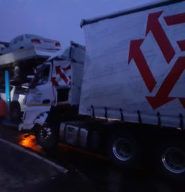 Collision involving two trucks on the N3 near Harrismith
