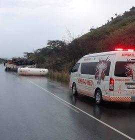 Road closure after a truck carrying ammoniac overturns on the R74