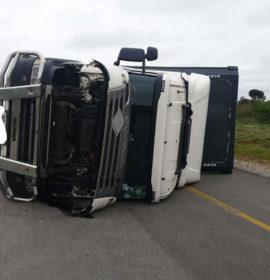 Truck rollover on the N1 North, Limpopo