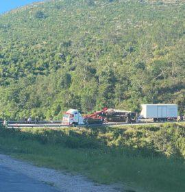 Long delays after a truck rollover in the Robertson Pass