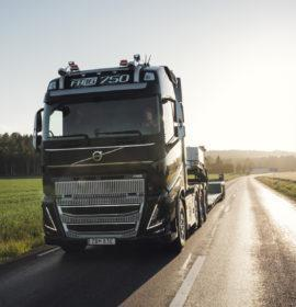 New Volvo Trucks FH16 Leads the Way