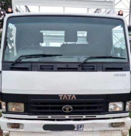 Stolen truck recovered by JMPD officers in Pimville