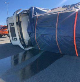 Two injured in a truck rollover in Fourways