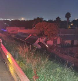 Gauteng: Truck driver seriously injured in rollover