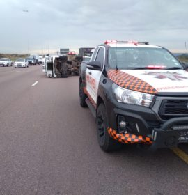 One injured in a truck rollover on the N1