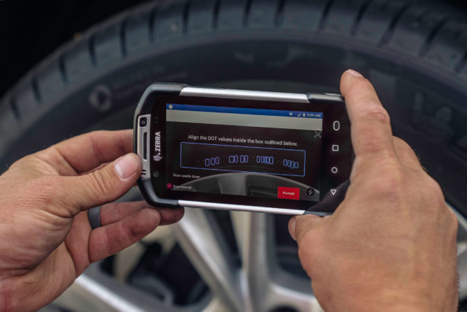 Anyline Launches Industry-First Mobile Tyre DOT Scanner with Discount Tire