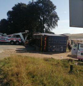 Truck driver seriously injured in rollover in Pietermaritzburg