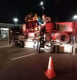 Two injured in a truck rollover in Montague Gardens