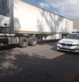 Truck and trailer recovered behind Menlyn.