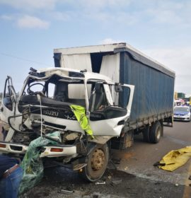 Durban: Jaws of life used to free truck drivers